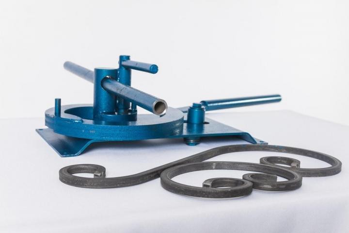 инструменты применяемые при гибке металла