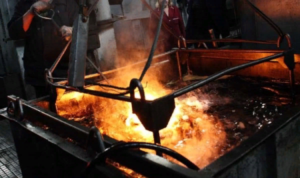 как закалить металл в масле