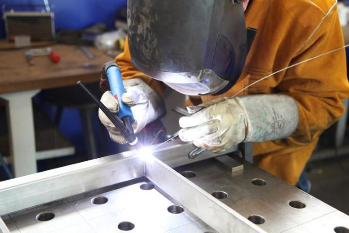 как сваривать тонкий металл электросваркой