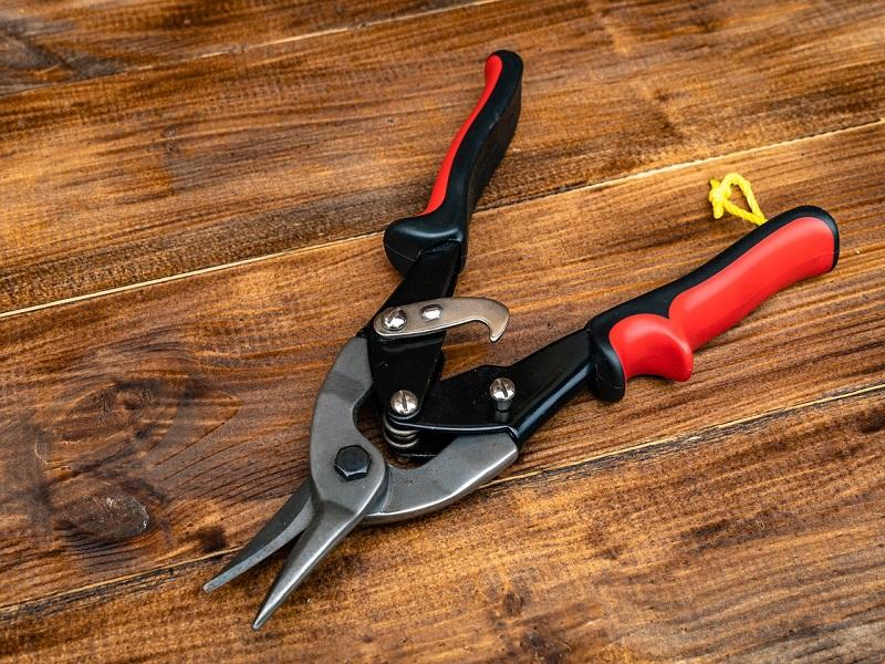 Ручной металлорежущий инструмент